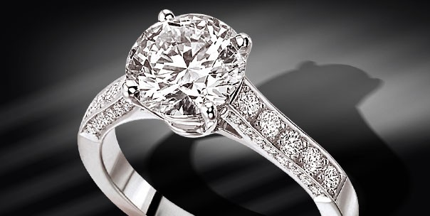 Bague_Rialto_or_blanc_diamants